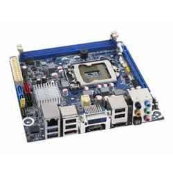 Intel Desktop Board DH67CF Media Series   Motherboard   Mini