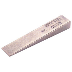 "Ampco 4"" x 3/4"" Wedge"