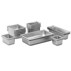 "The Vollrath Company 2 1/2"" Deep Full Size Heavy-Duty Super Pan II® Steam Table Pans"