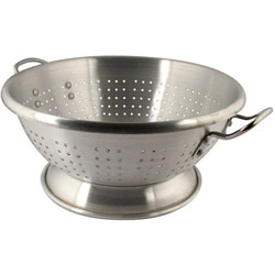 Libertyware 16 Quart. Heavy Duty Aluminum Footed Colander