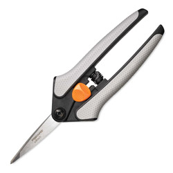 "Fiskars 5"" Scissors, 1 3/4"" Cut"