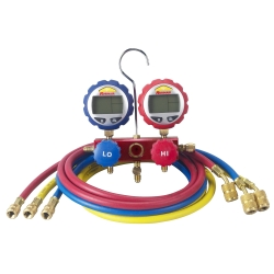 "Robinair 2-Way Manifold with Digital Gauges and 60"" Enviro-Guard Hoses"