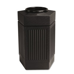 Safco Canmeleon™ Pentagon Plastic Outdoor Trash Can, 30 Gallon, Black