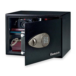 "Sentry X125 Electronic Safe w/Lock/Key, 17"" x 15 1/2"" x 12-1/8"""