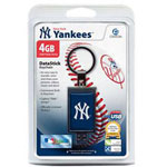 Centon DataStick Keychain MLB New York Yankees Edition - USB Flash Drive - 4 GB