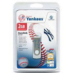 Centon DataStick MLB Swivel New York Yankees Edition - USB Flash Drive - 2 GB