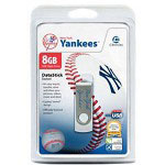 Centon DataStick MLB Swivel New York Yankees Edition - USB Flash Drive - 8 GB
