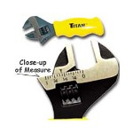 Titan Stubby Adjustable Wrench